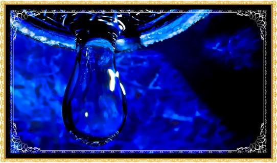 Wassertropfen - mit Bilderrahmen ( Makrofotografie-und-Digitalbearbeitung) G.C.