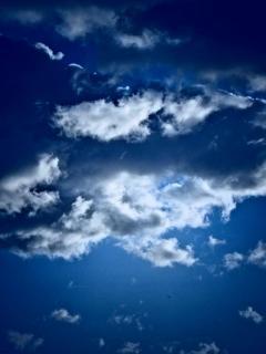 Der Blaue Wolkenhimmel - zum Träumen
