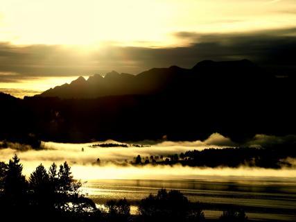 Sonnenaufgang am Forggensee