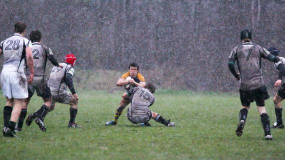 Rugby: Schneeregen