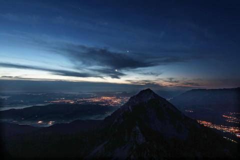 Blick vom Zwiesel auf Hochstaufen und Salzburg