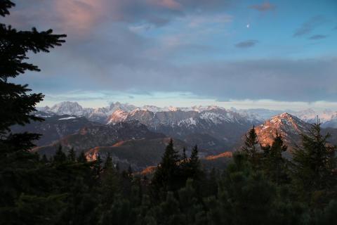 Berchtesgadener Alpen im ersten Licht