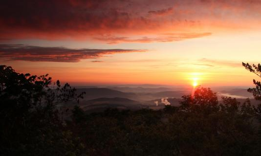 Sonnenaufgang am Bilstein