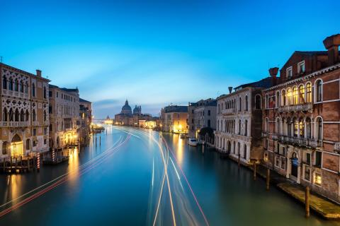 Venedig at night