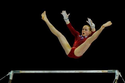 rote 01NNS 2582b (2)gymnaste