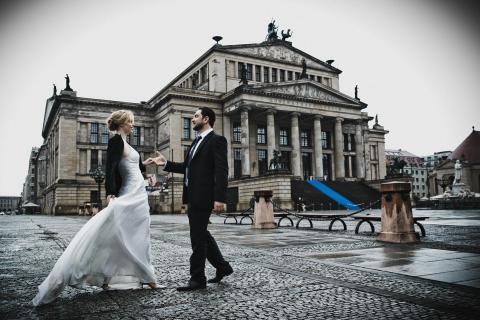 Tanz auf dem Opernplatz