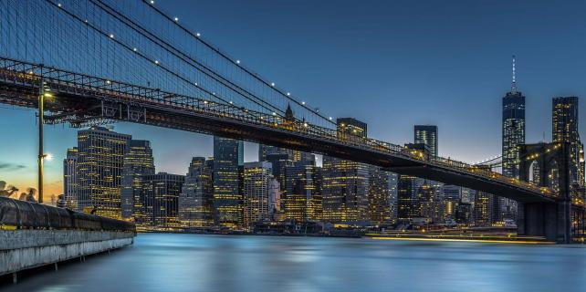 New York - Manhattan Lightning