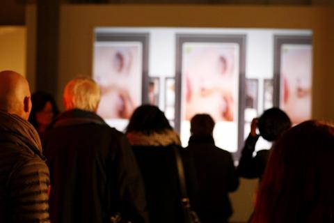 Biennale-Besucher sehen meinen Film
