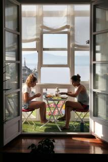 Californian Girls, Cantabrian Breakfast