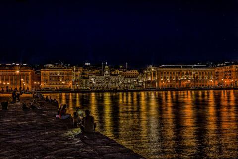 Summernight in Trieste MGL0744