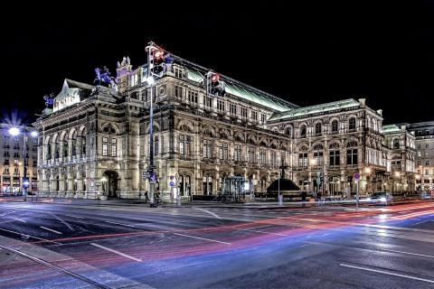 2 Oper Night
