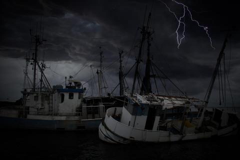 Alles im Griff auf dem sinkenden Schiff