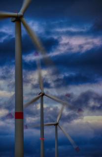 Nachts im Windpark