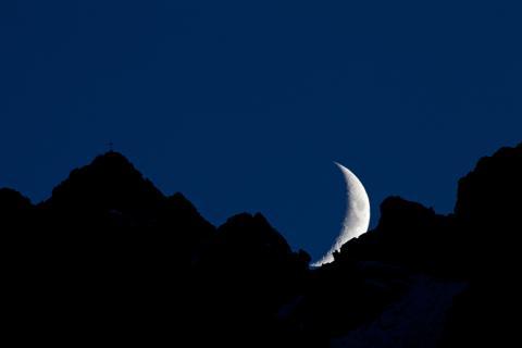 Gottvater im Dialog mit dem Mond