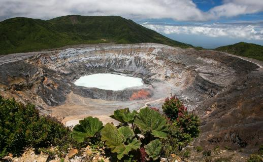 Kratersee des Vulkans Poas