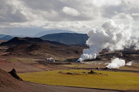 Geothermales Kraftwerk beim Mývatn (Mückensee)Island.
