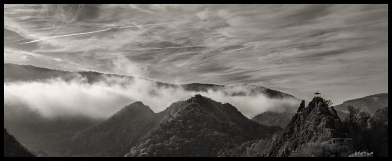 Nebel über dem Ahrgebirge