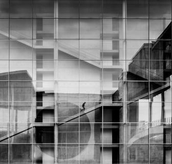 Im Raster -  Paul Löbe-Haus in Berlin