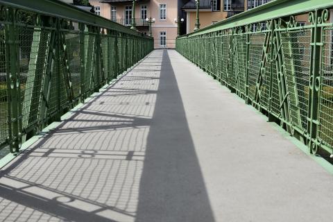 Follow the shadow, Bad Ischl