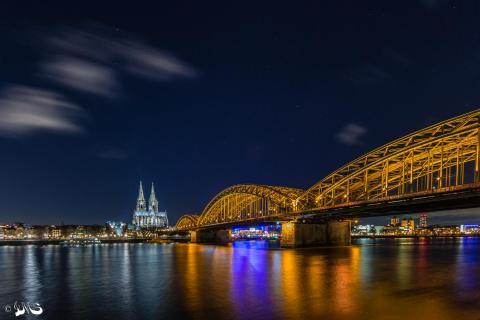 Hohenzollernbrücke mit Kölner Dom