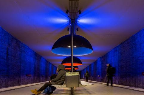 Der blaue U-Bahnhof