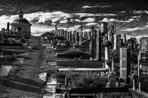 Am Trautmannsdorfer Friedhof