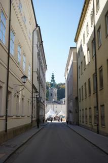 der Weg zur Kirche