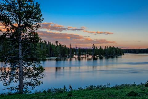 Blue Hour Yellowstone Nationalpark