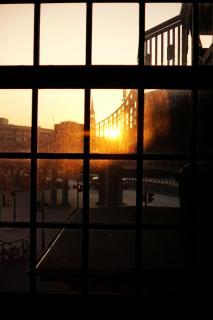 32 durch Glas fotodrafieren_Julia_Nehri