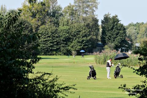 Einsamer Golfer