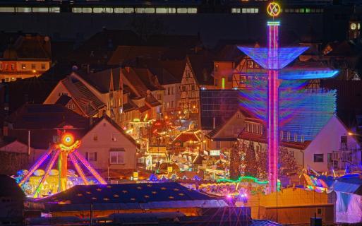 36_Hoch-hinaus-Stadt-von-oben_Eurofoto