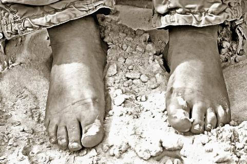 Füße im warmen Sand
