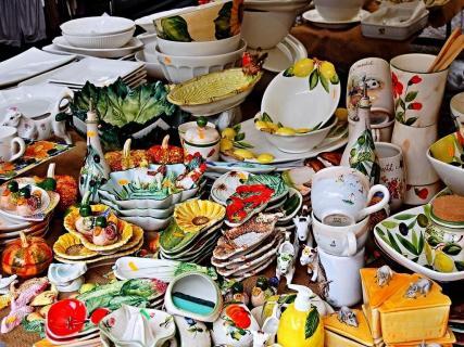 kunterbunter Keramikmarkt