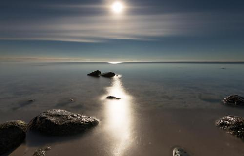 Ostsee im Mondlicht