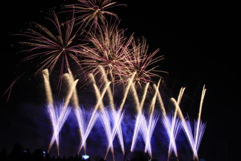 48_Feuerwerk_KARO6312