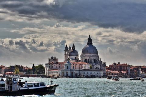 Venice Streetlife