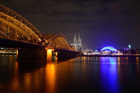 Kölner Dom Bei Nacht 2