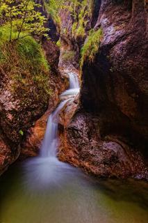 2 Stöckiger Wasserfall Almbachklamm