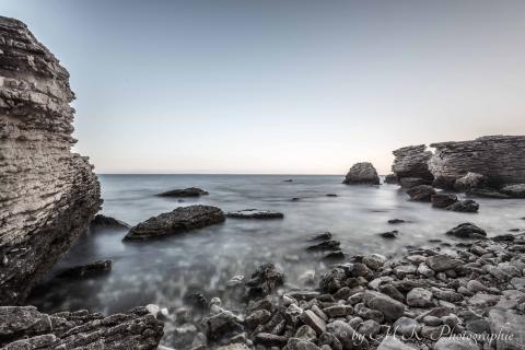 Felsen und Meer
