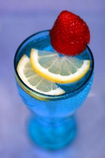24 rot blau und-gelb_Anette_Mäser.jpg