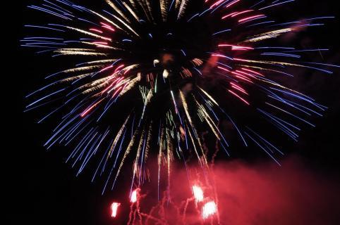 48_Feuerwerk_Josie_Fine