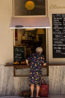 Old woman in Palma de Mallorca