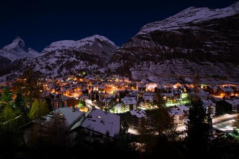 Zermatt bei Nacht, Wallis / Schweiz