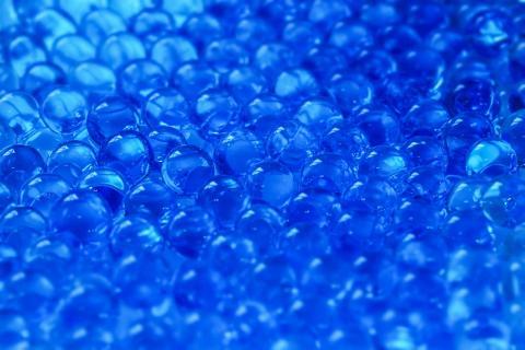 blaue Perlen 3