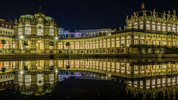 Dresdner Zwinger Brunnenspiegelung