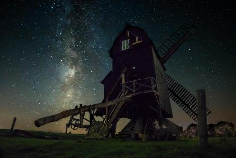 Windmill meets Milkyway
