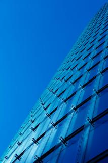 Reflektion in blau