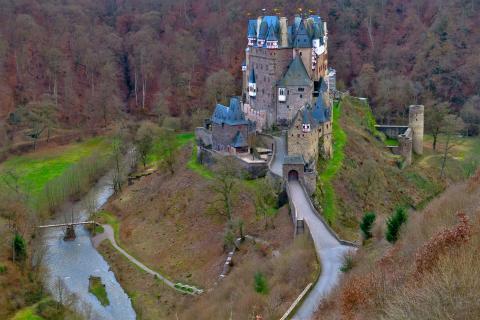 Burg Eltz im Winterschlaf