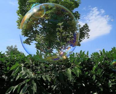 Sun in a double Bubble