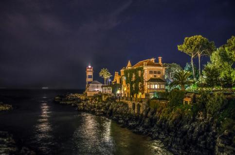 Blick auf den Faro de Santa Marta